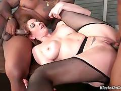 Kiki Daire greatly enjoys awesome interracial threesome.